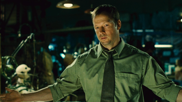 Donnie Wahlberg as Detective Matthews