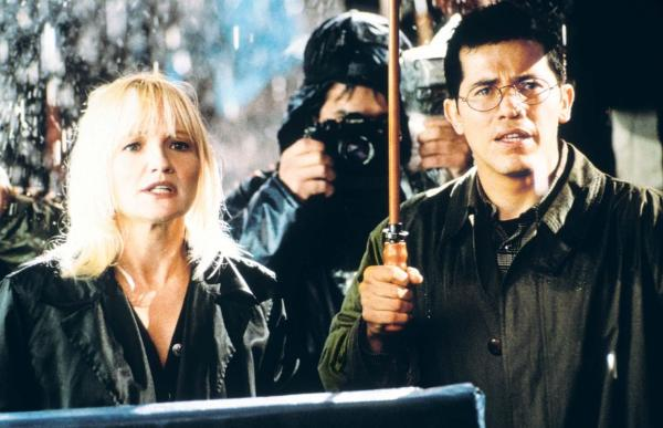 still-of-ellen-barkin-and-john-leguizamo-in-the-fan